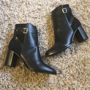 (New) ALDO HIGH HEELED ANKLE BOOT WITH GOLD CLASP